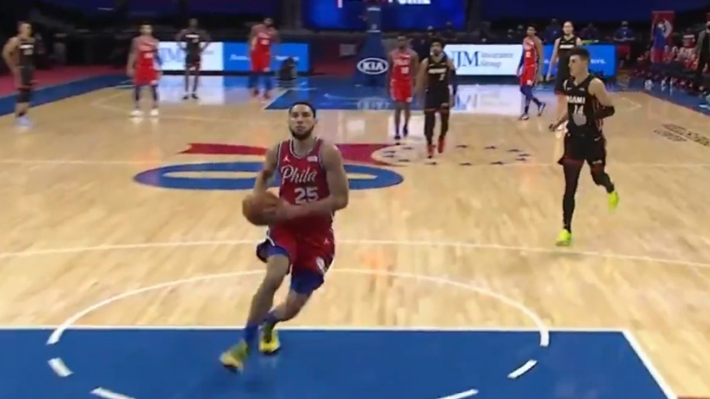 Ben Simmons throws it down