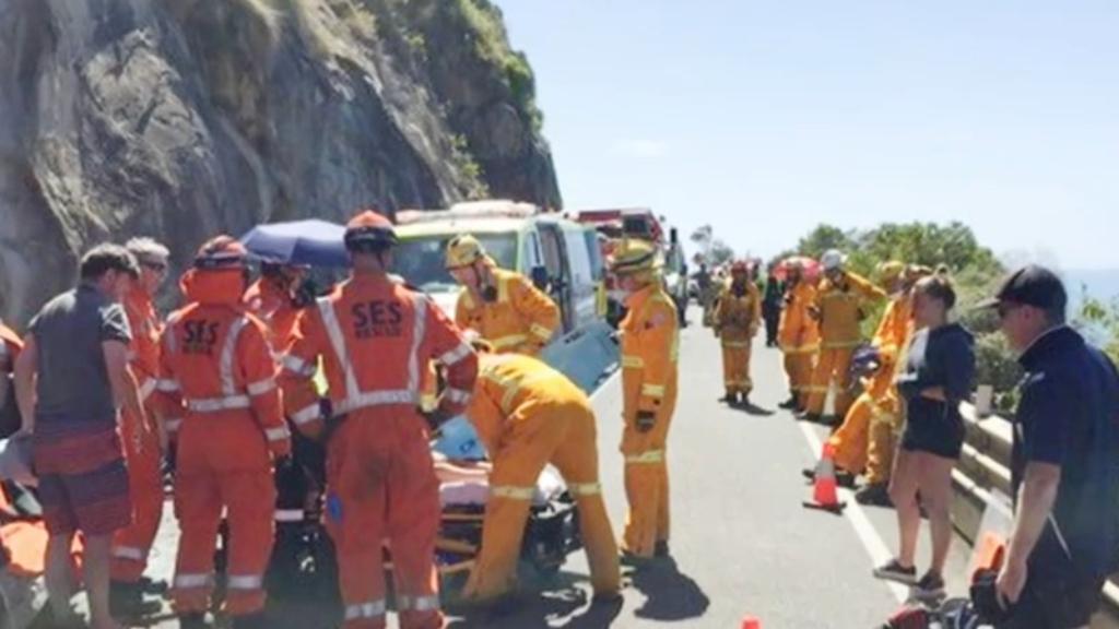Several hospitalised after Melbourne crash