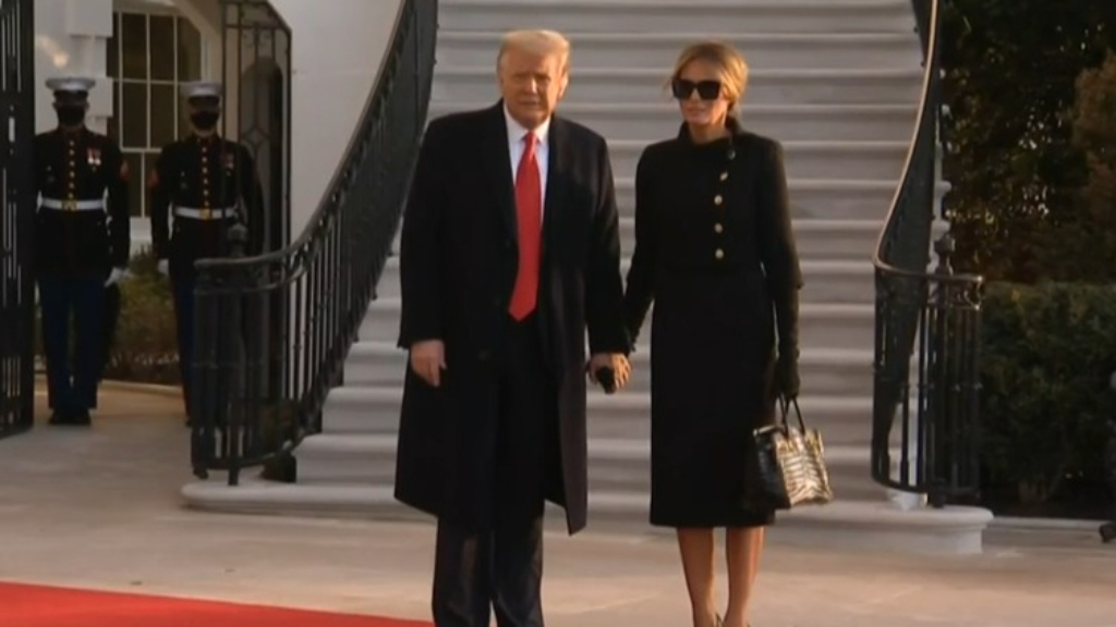 Donald Trump arrives at Mar-a-Lago resort