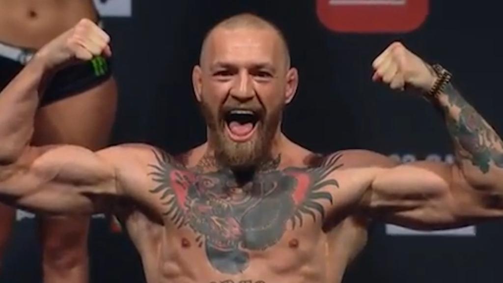 McGregor weighs in for UFC 257