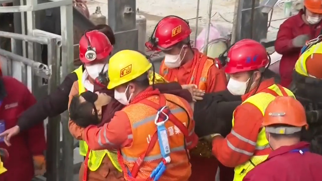 Trapped Chinese miners rescued after more than two weeks