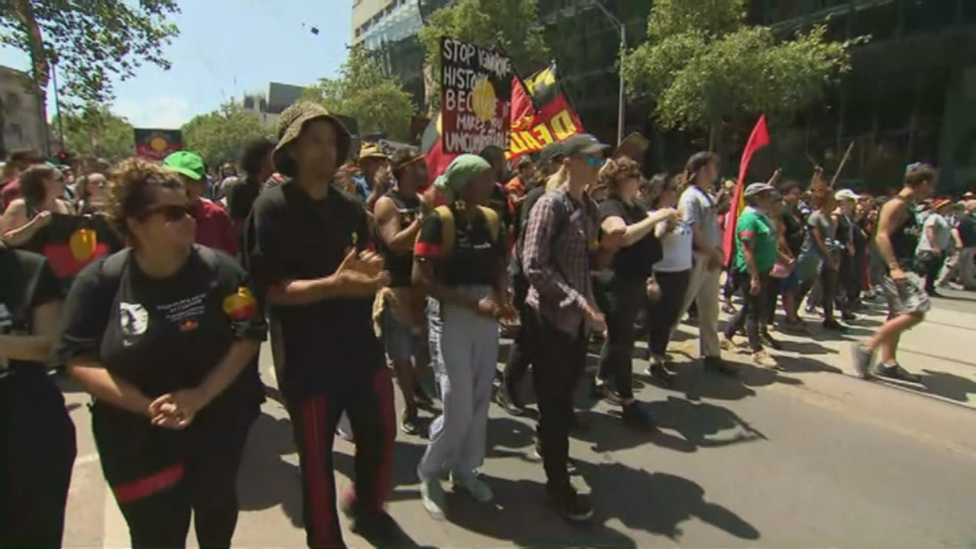 Thousands gather for Melbourne's Australia Day protest