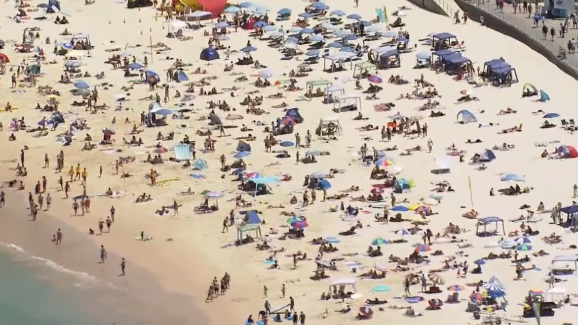 Sydney heatwave continues to swelter