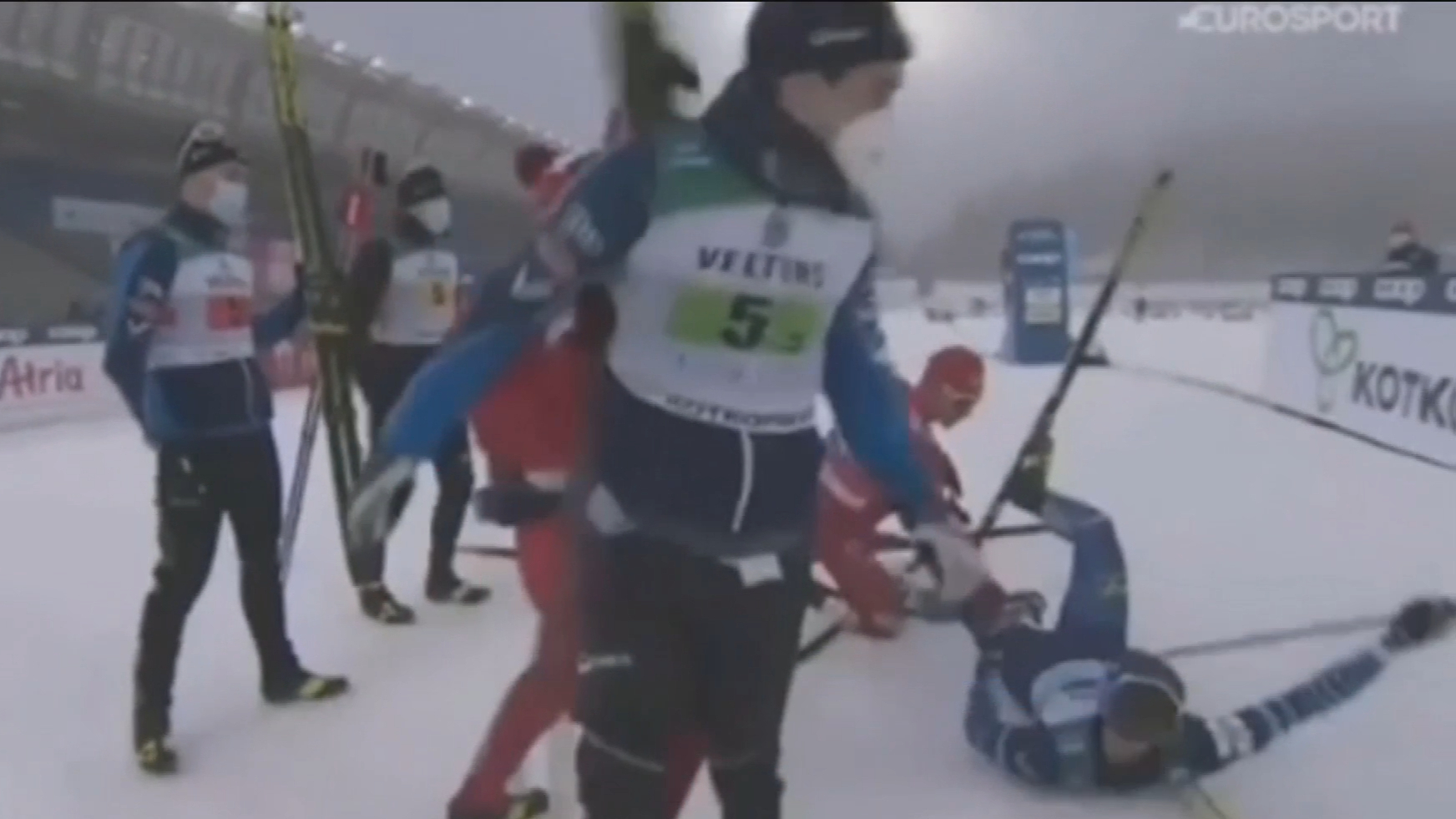 Russian ski team disqualified for dirty conduct
