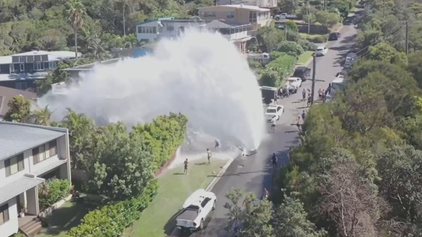 Water main burst at Newport in Sydney's Northern Beaches