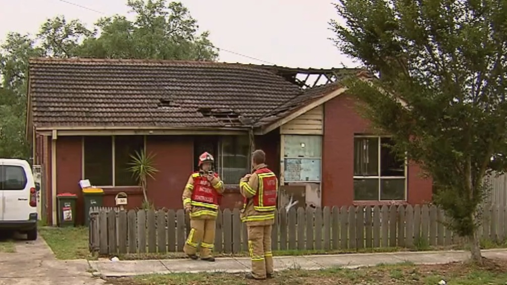 Couple escapes house fire in Melbourne's north