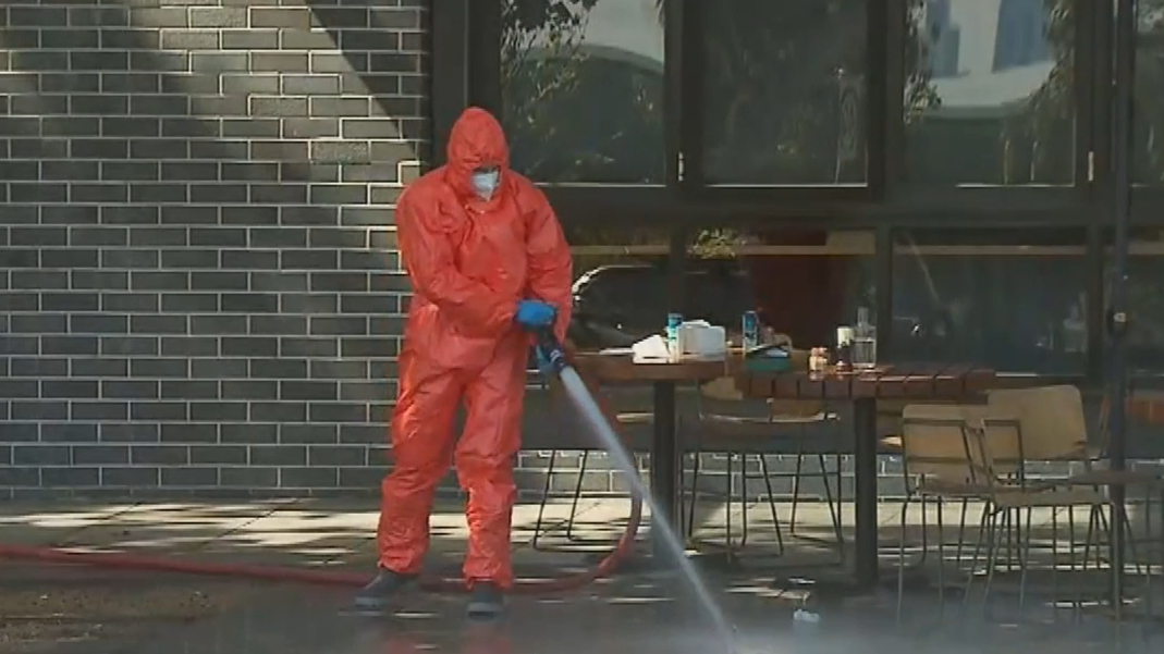 Popular Melbourne café turns to crime scene in broad daylight