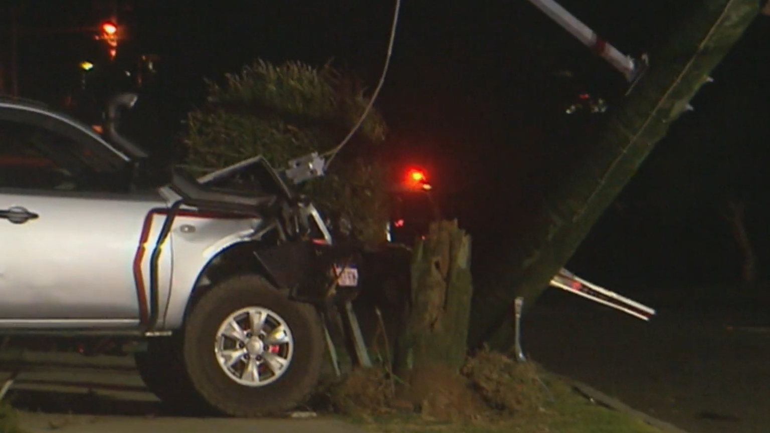Driver allegedly flees crash, leaves mother and child trapped under power lines