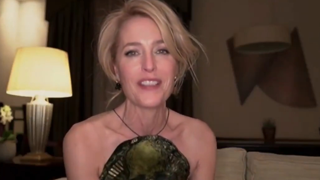Gillian Anderson wins Best Performance by an Actress in Supporting Role for The Crown