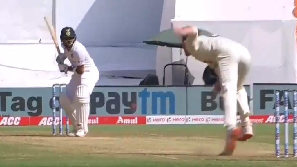 Virat Kohli goes for a duck