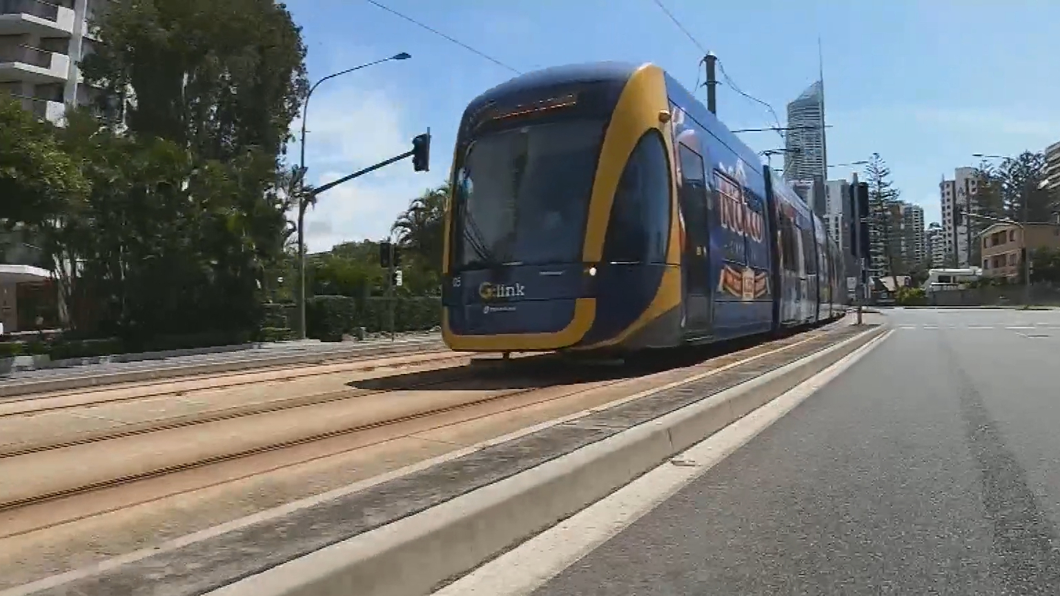 Queensland to fast-track Burleigh to Coolangatta light rail