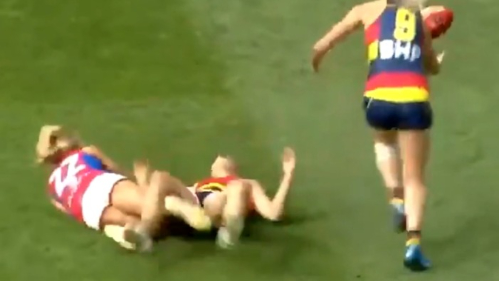 AFLW star knocked out after head-clash
