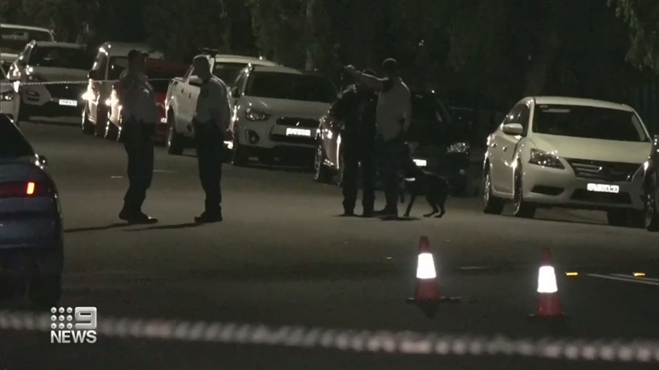 Police hunting for gunman after Sydney shooting