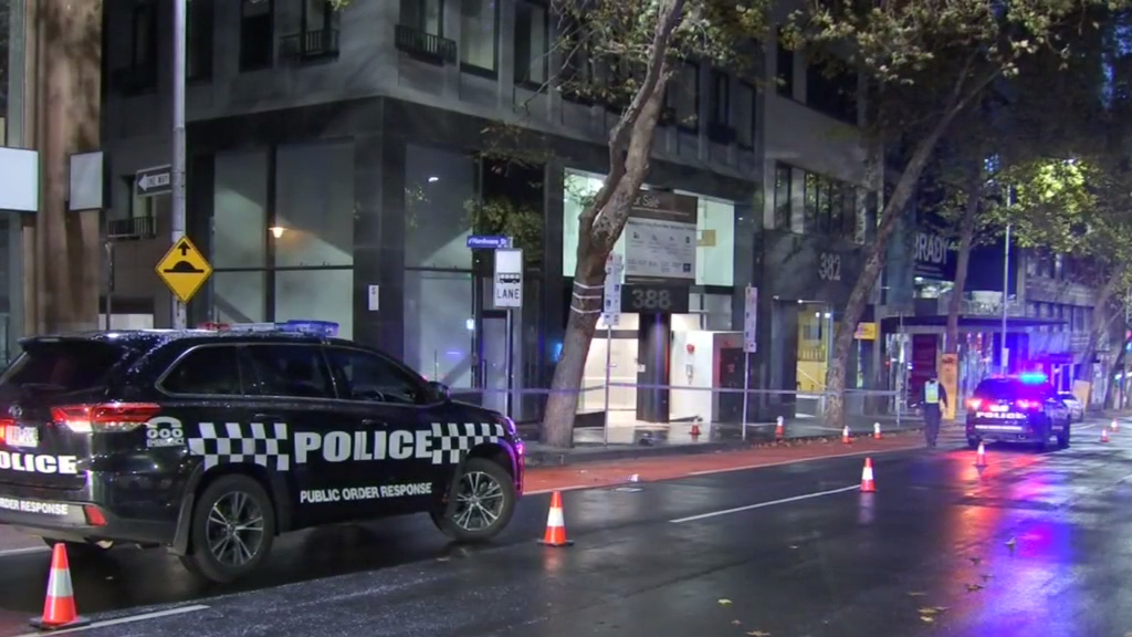 Several people in hospital after stabbings in Melbourne's CBD