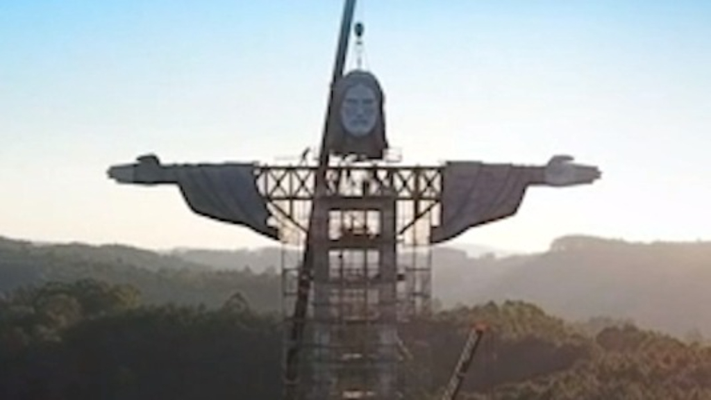New giant statue of Jesus being built in Brazil