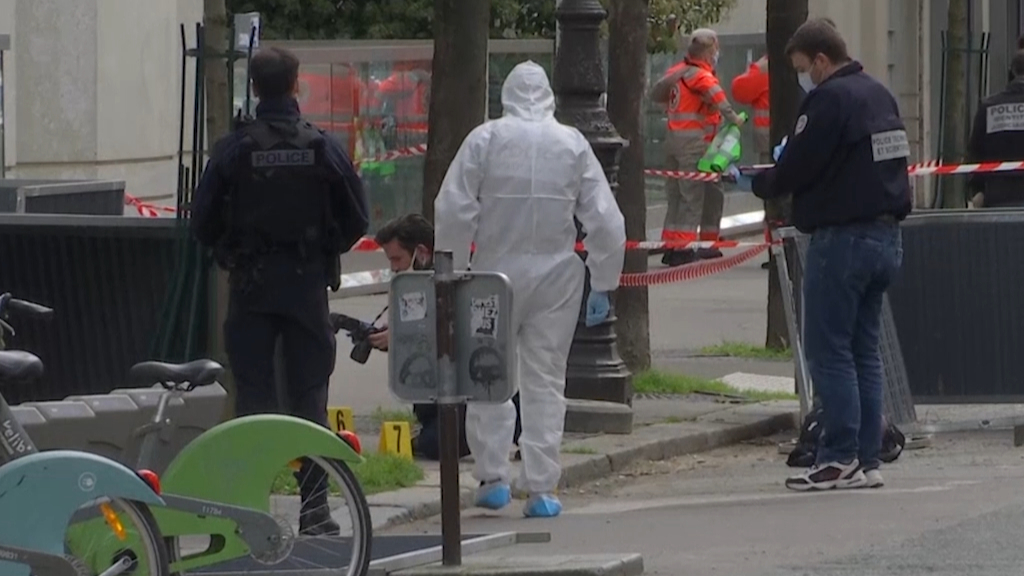 One dead, another injured in shooting outside Paris hospital
