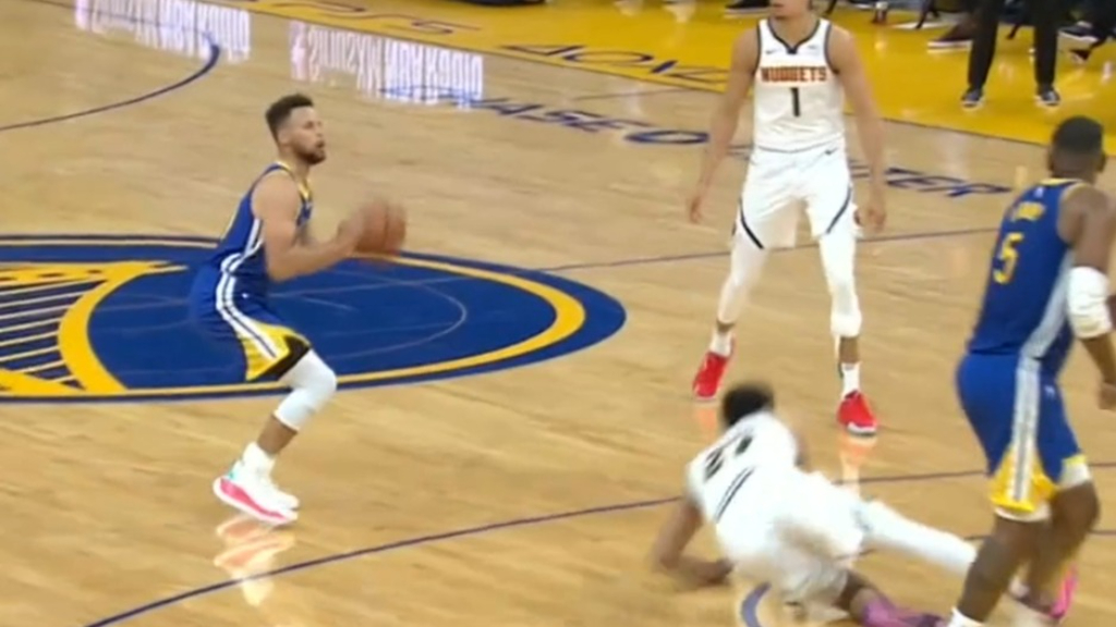 Curry breaks Warriors franchise record
