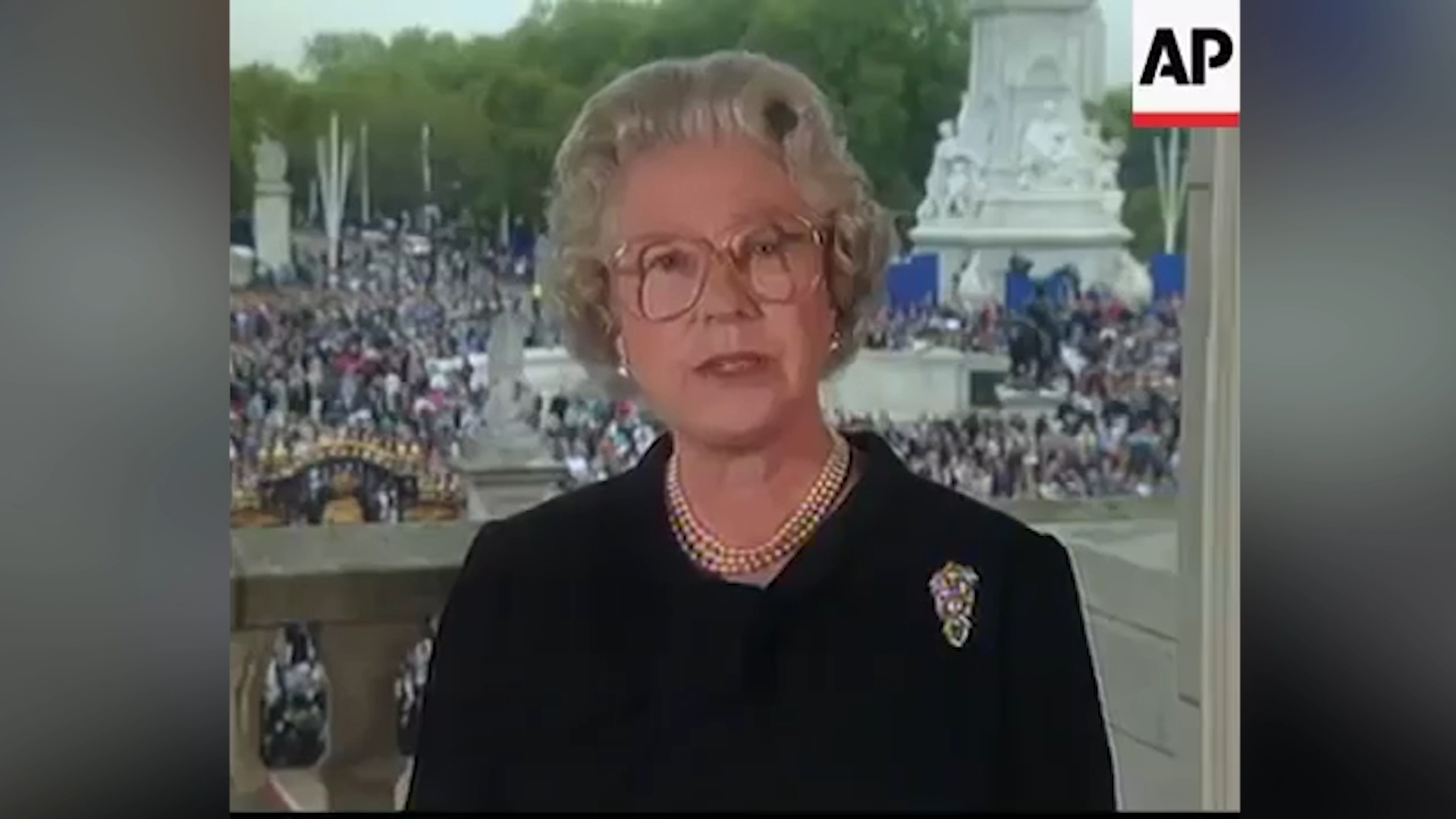 Queen Elizabeth's televised tribute to Princess Diana