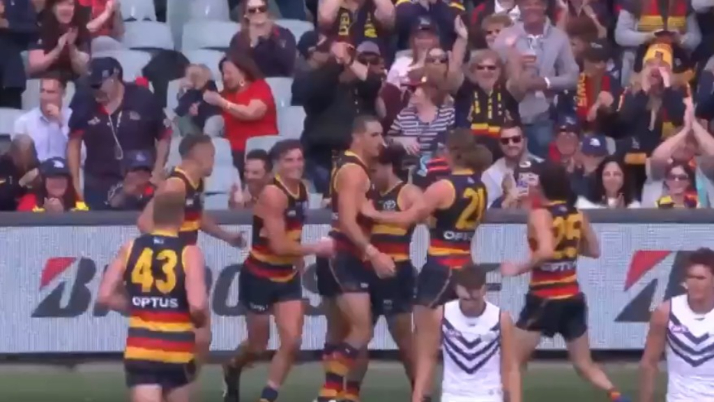 Murphy's magic as Crows kick shock goal
