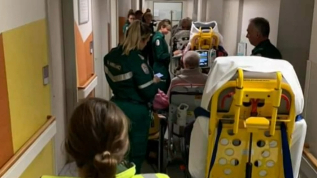 Documents reveal South Australia hospital cuts