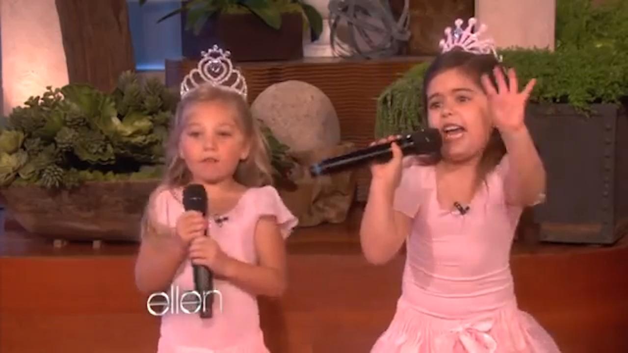 Sophia Grace raps to Nicki Minaj's Super Bass
