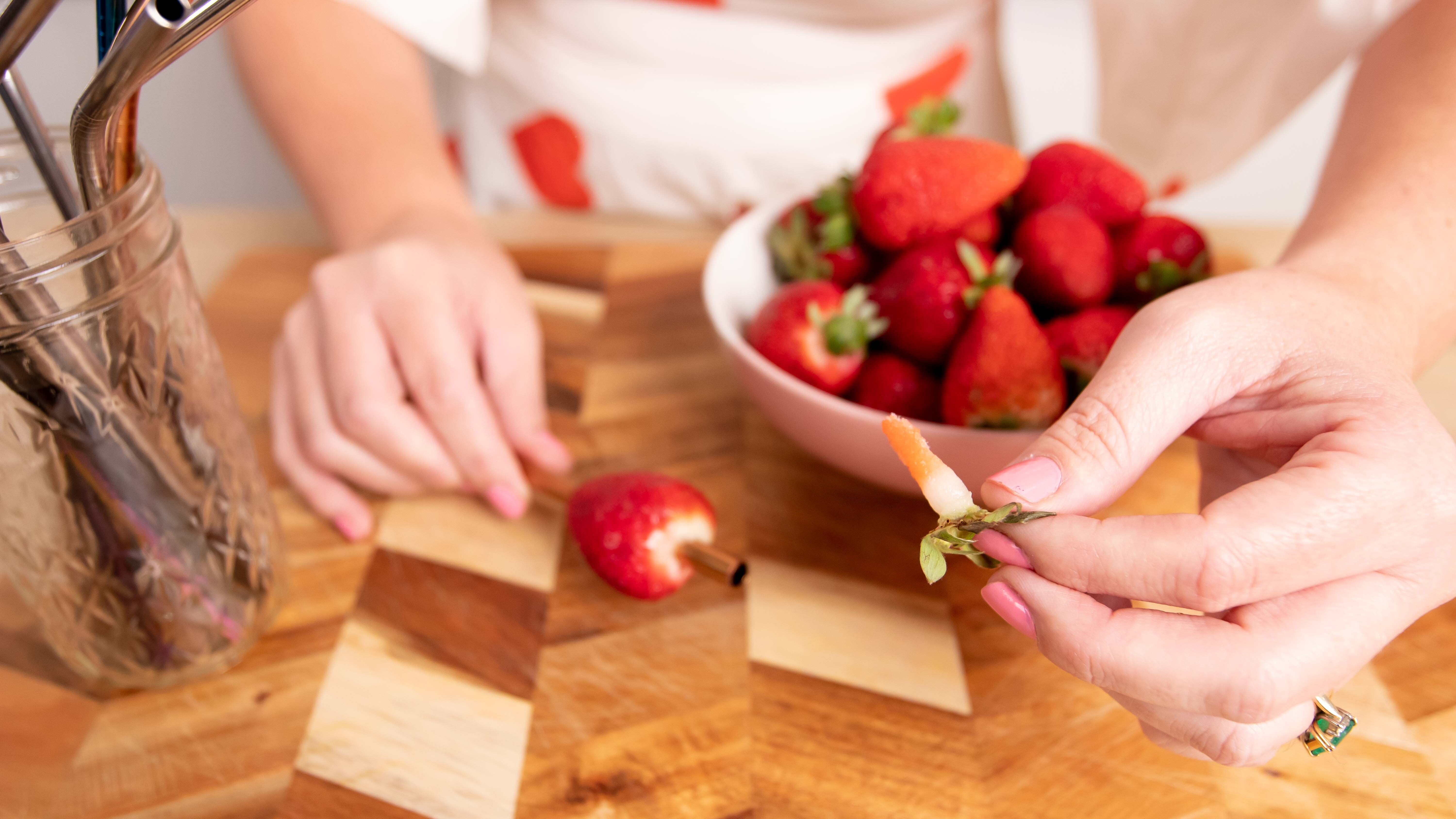 Mind-blowing strawberry hack to get rid of the green