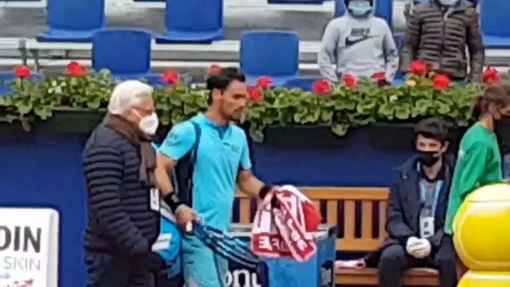 Fognini reacts after being defaulted from Barcelona Open