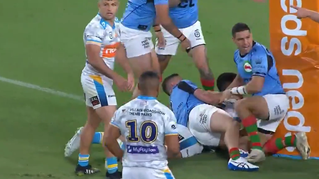 David Fifita grabs opening try of the match