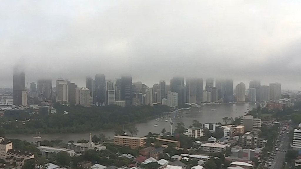 Brisbane wakes to fog for second day