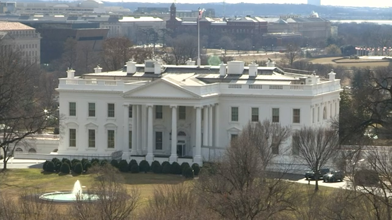 Second suspected case of mystery 'syndrome' near White House
