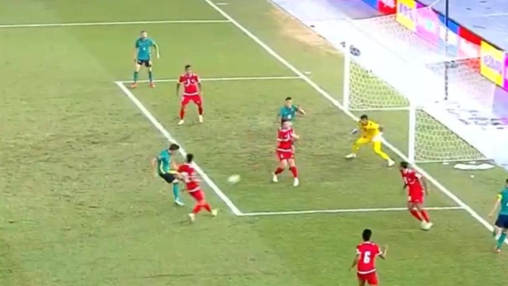Socceroos trounce Nepal