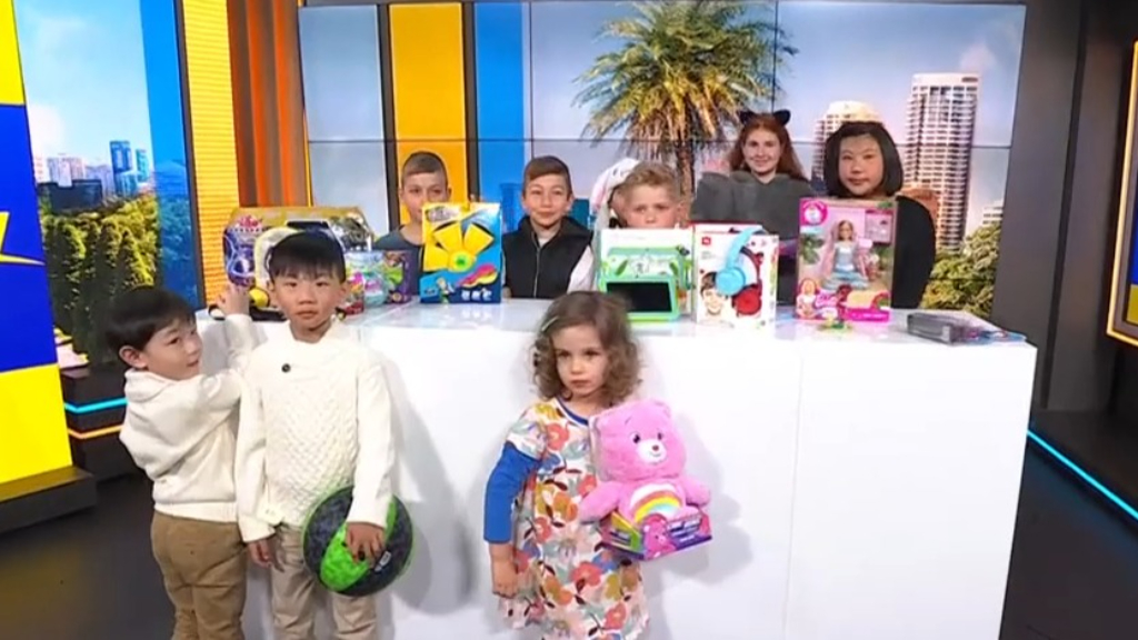 Jo Abi and the Big W toy testers show us all the best toys on sale