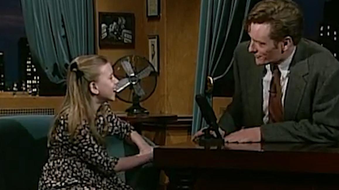 Scarlett Johansson plays spelling bee champion in adorable skit