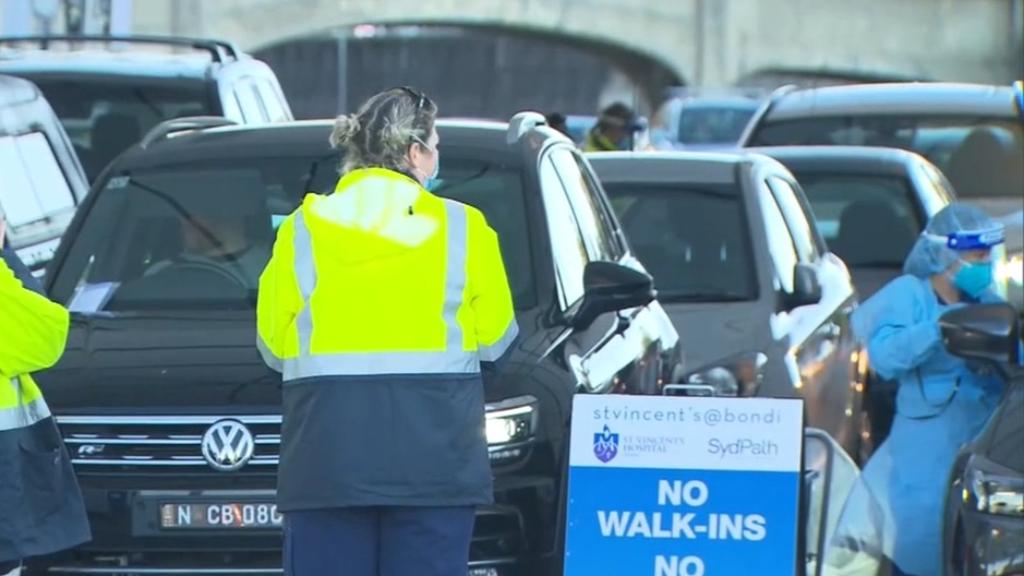 Masks made mandatory on Sydney public transport after one case overnight
