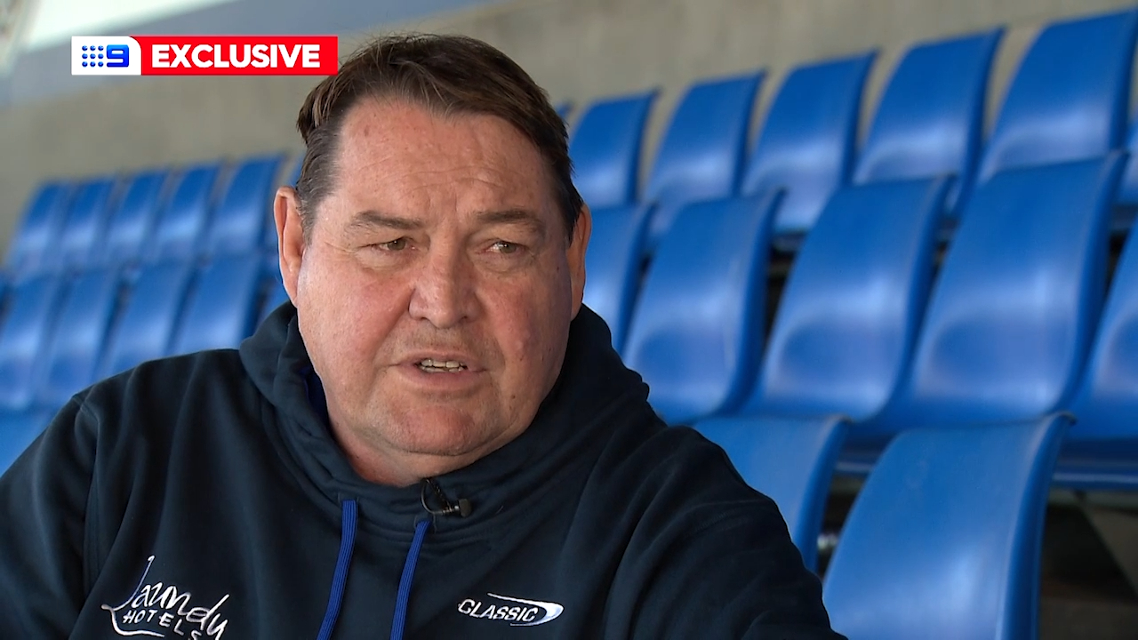 Former All Blacks coach Steve Hansen spends time with the Bulldogs as a performance consultant