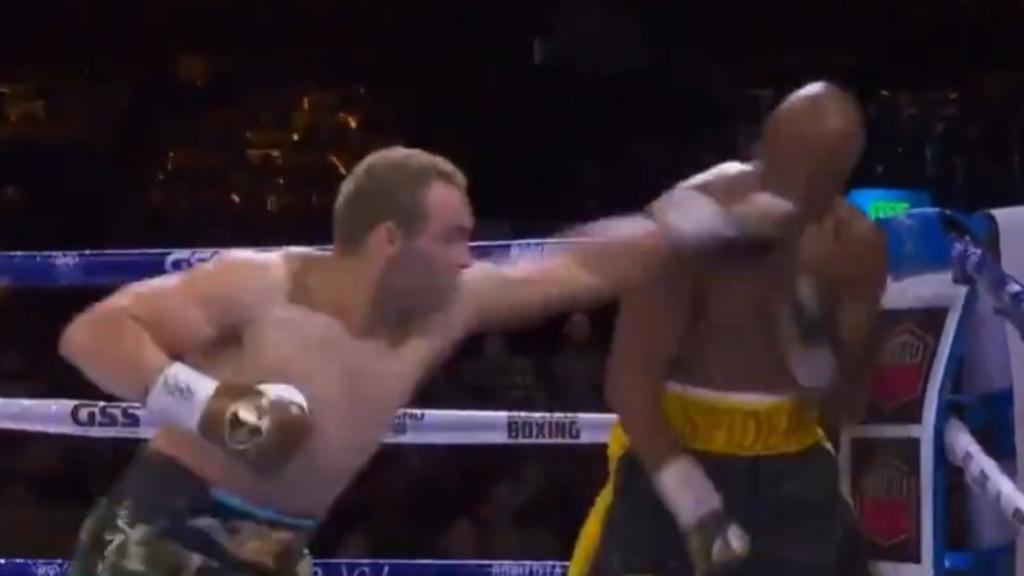 Silva showboats in shock boxing win