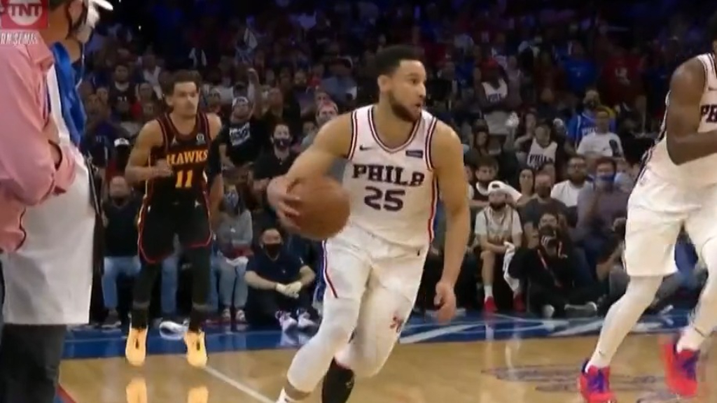 Simmons 'constantly babied, doesn't listen'