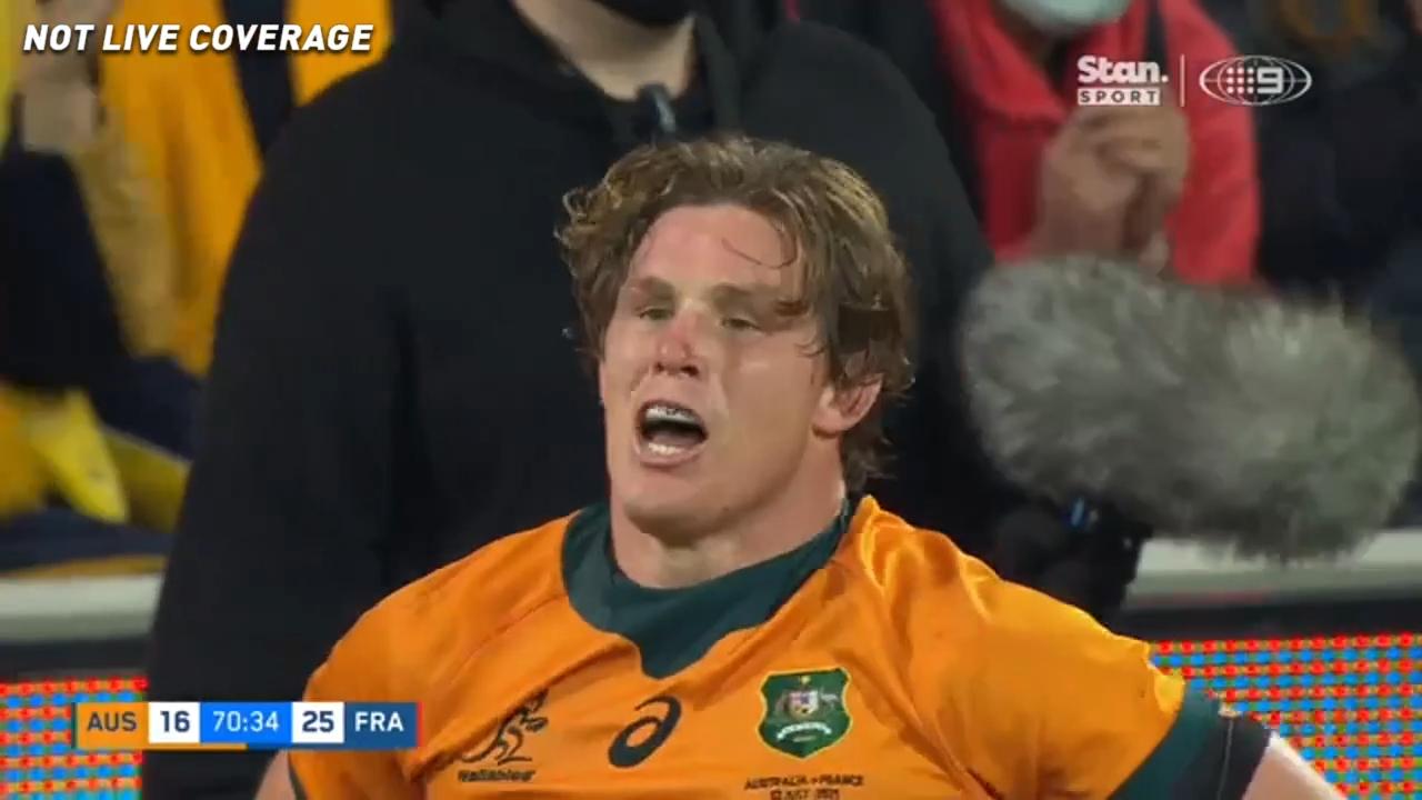 Hooper gives Australia hope