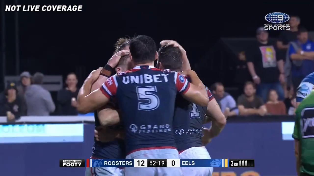 Walker extends Roosters' lead