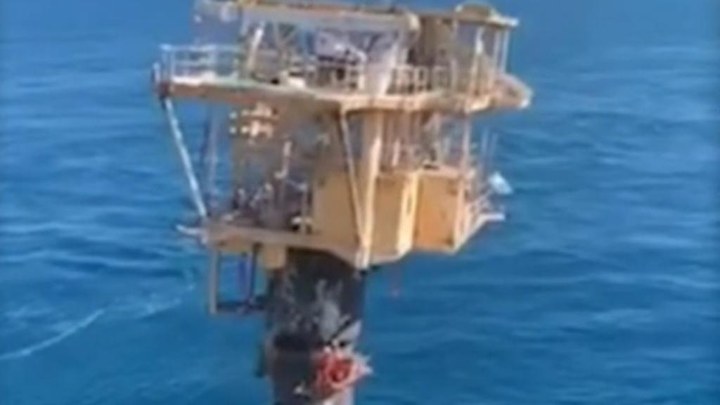 Workers scramble to escape platform