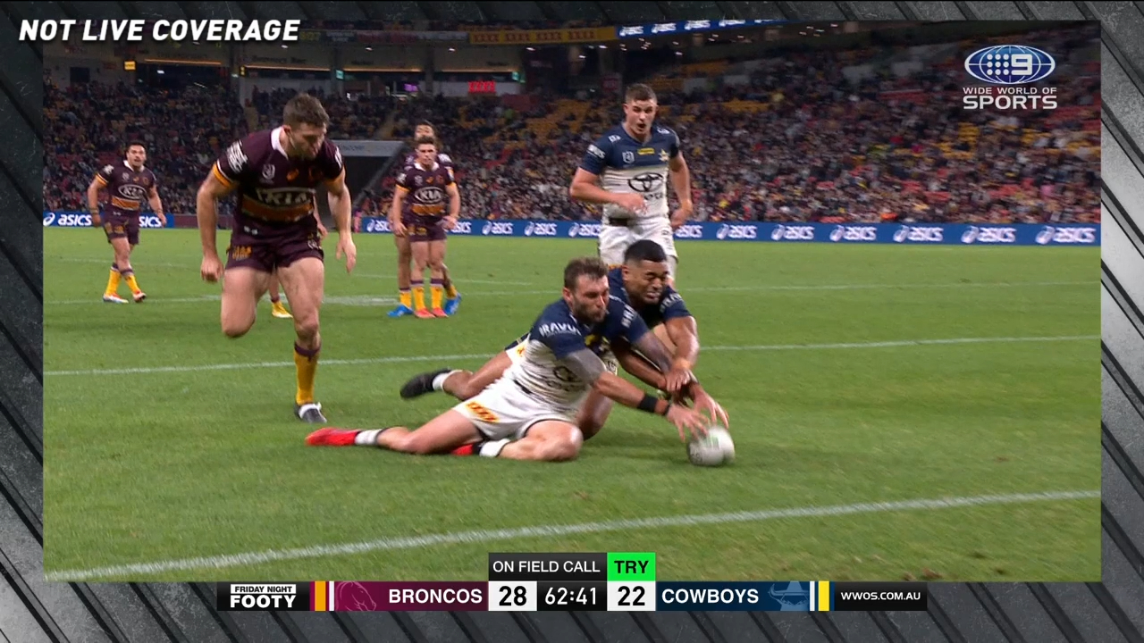 Controversial Bunker call robs Cowboys try