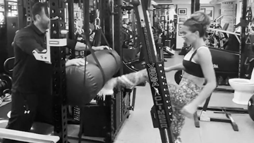 Kate Beckinsale shares workout video on Instagram