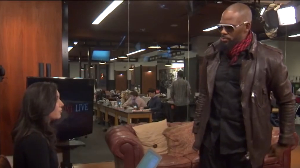 R. Kelly storms out of interview