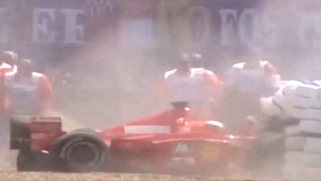 Schumacher breaks leg in 1999 Silverstone crash