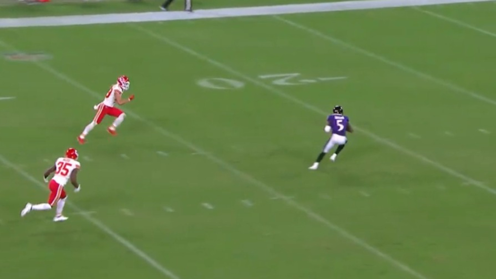 NFL star's insane jump pass