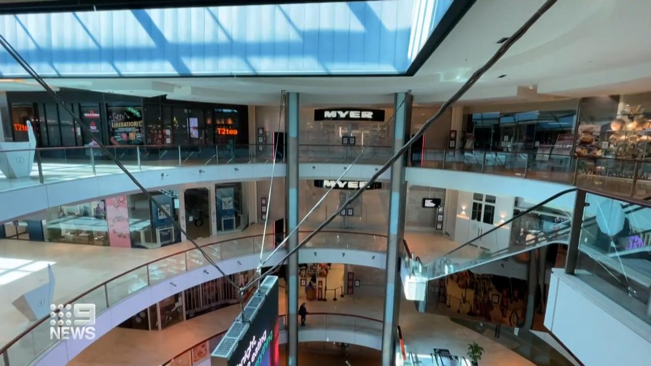 Major retailers begin hiring blitz