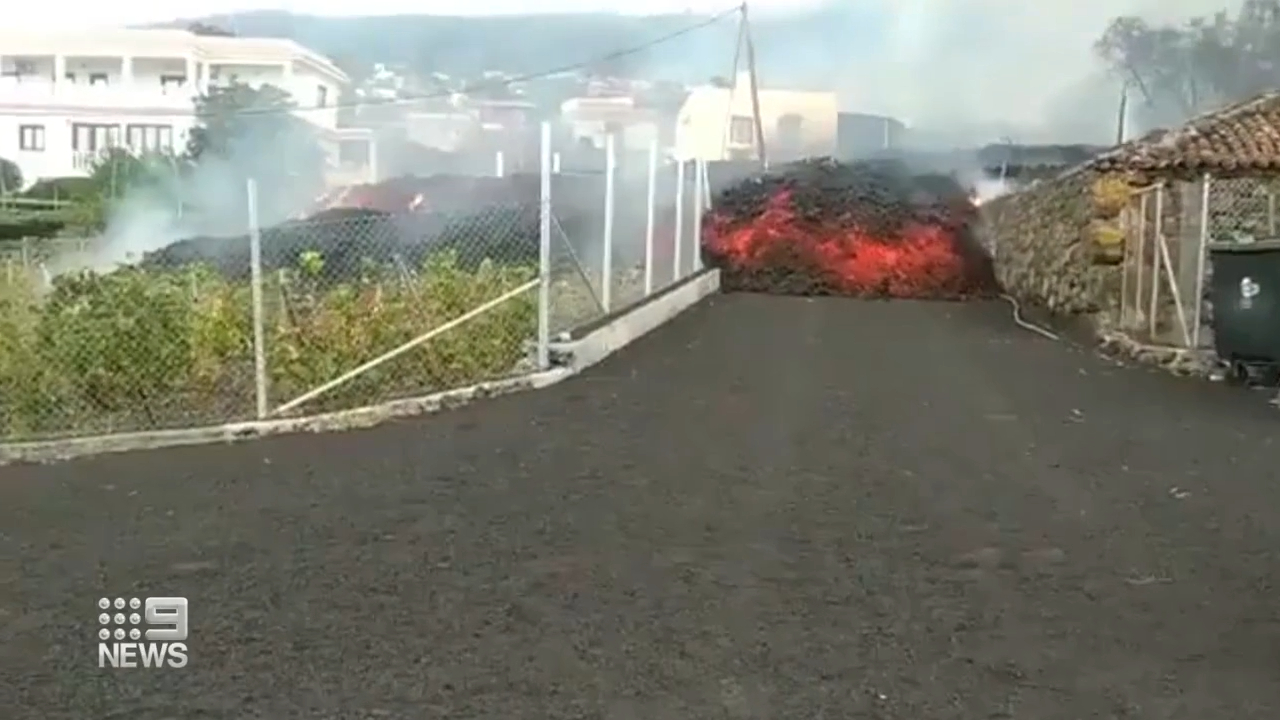 Canary Islands volcano threat continues