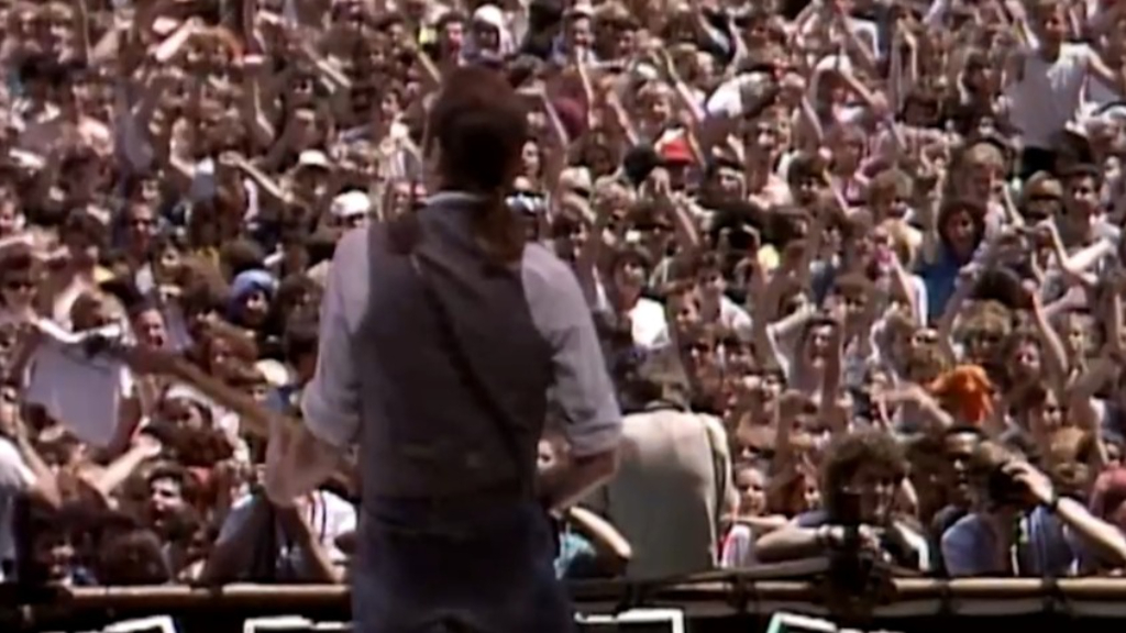 Status Quo perform hit single Rockin' All Over the World at Live Aid in 1985