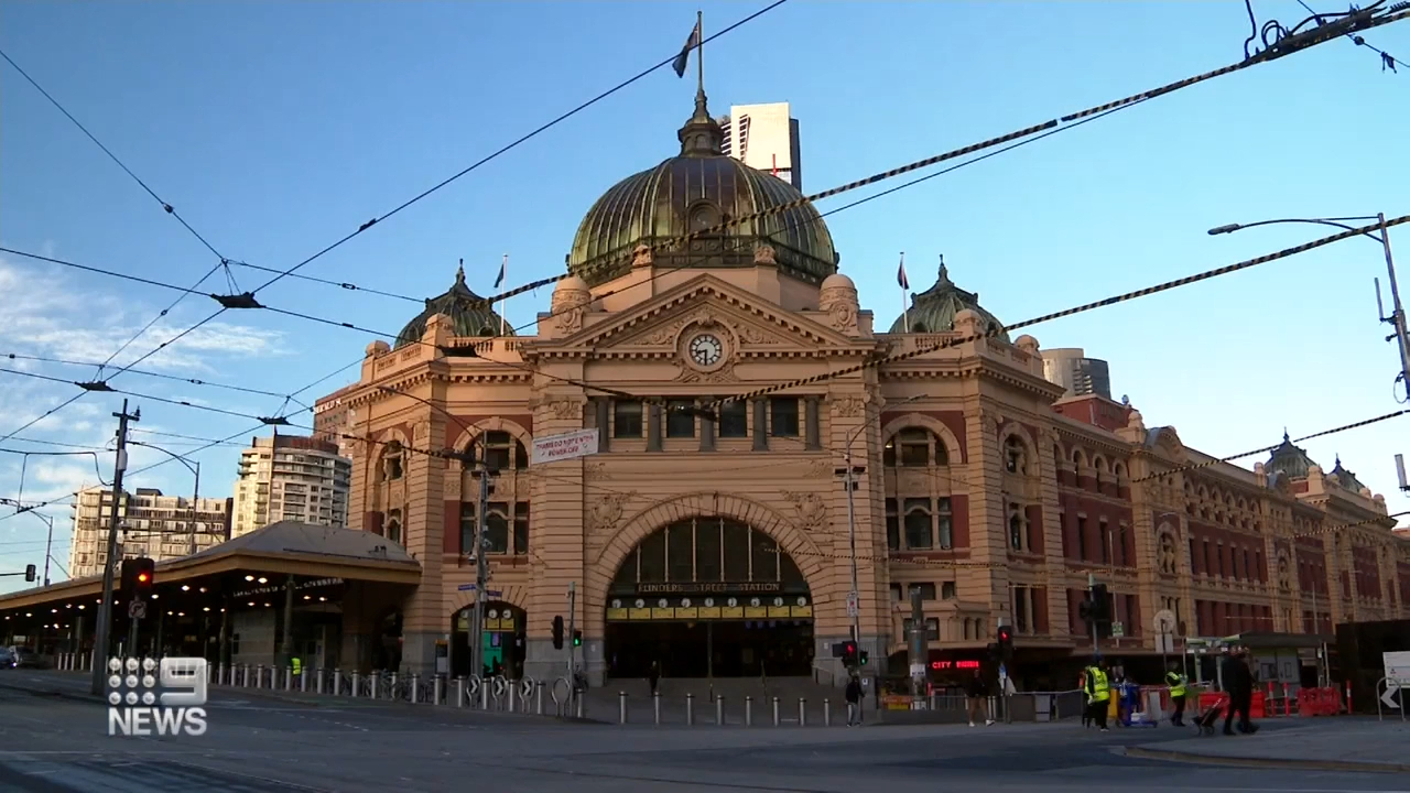 Victoria records 705 new COVID-19 cases with more than a third in one LGA of concern