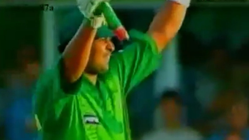 Pakistan legend rushed to hospital